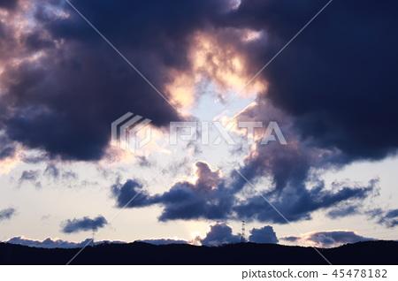 暮色的天空 45478182