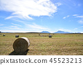 목초 롤과 아소의 넓은 하늘 광대 한 아소의 가을 풍경 아소의 넓은 풍경 45523213