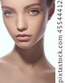 face woman beauty 45544412