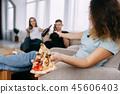 pizza beer clink 45606403