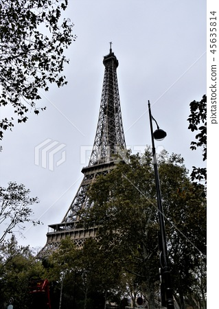 艾菲尔铁塔 45635814