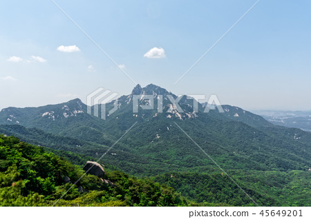 Scenery from the ridge of Bukhan Mountain 45649201