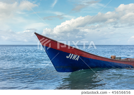海里的小船 45656656