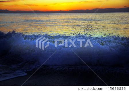Kumano Kodo王子日出在海灘 45656836