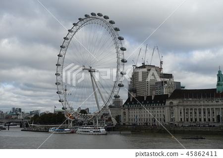 London Eye 45862411
