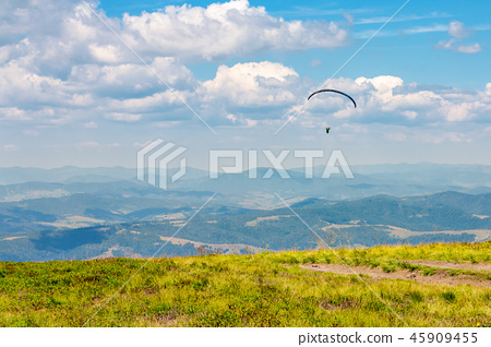 Skydiving extreme training in mountains 45909455
