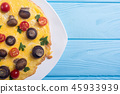 Omelette with mushroom , tomato and parsley 45933939