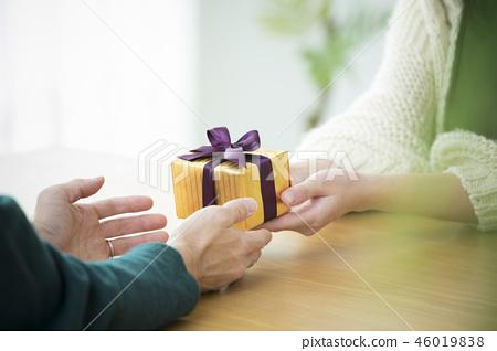 礼物 46019838
