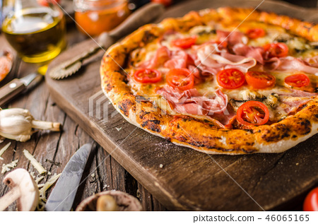 Rustic old style vintage pizza 46065165