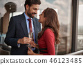 couple champagne lady 46123485