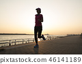 奔跑 少女 海邊 46141189
