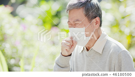 old man cough outdoor 46180500