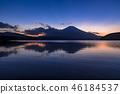 早上从Shoji湖的富士山 46184537