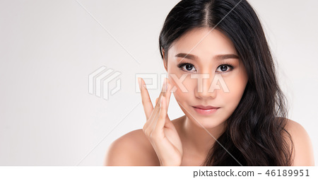 Beautiful Young asian Woman with Clean Fresh Skin 46189951