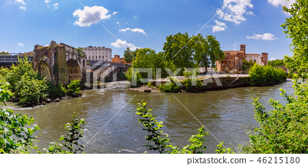 Tiber island in sunny day, Rome, Italy 46215180