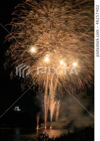 Inuyama Castle and fireworks 1 46257402