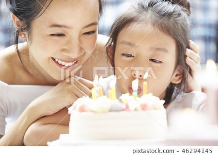 父母和孩子的生活方式生日 46294145