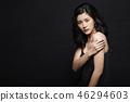 女人打扮黑背 46294603