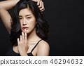 女人打扮黑背 46294632