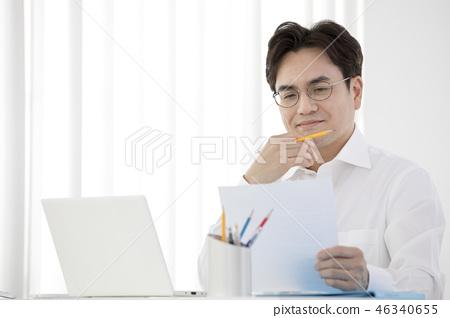 한국인,비즈니스,남자 46340655