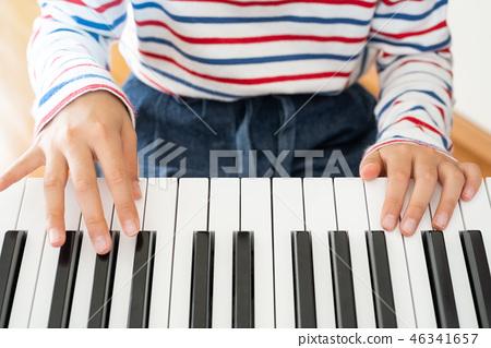 播放鍵盤 46341657