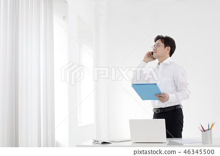 한국인,비즈니스,남자 46345500