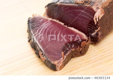 Tatake of bonito 46365134
