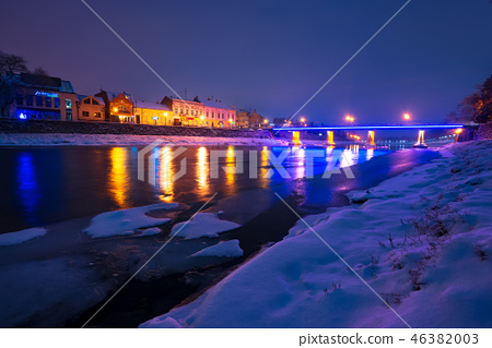 beautiful evening cityscape of old town in winter 46382003