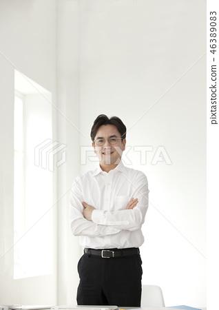 한국인,비즈니스,남자 46389083