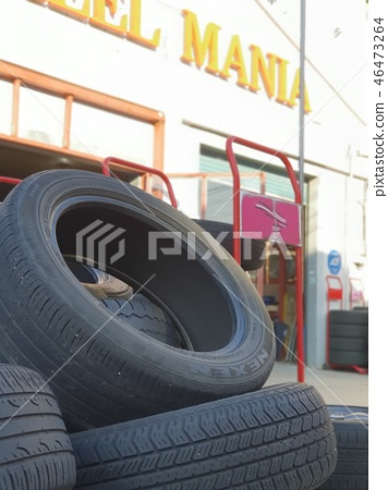타이어 46473264