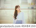 여자 여성 대학생 소녀 귀여움 도시 낭만 여유  46484160