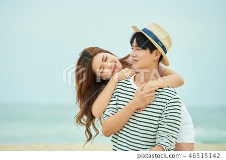 여름, 바다, 데이트, 커플, 연인, 여자, 남자, 파도 46515142