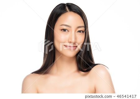 Beautiful Young asian Woman with Clean Fresh Skin 46541417