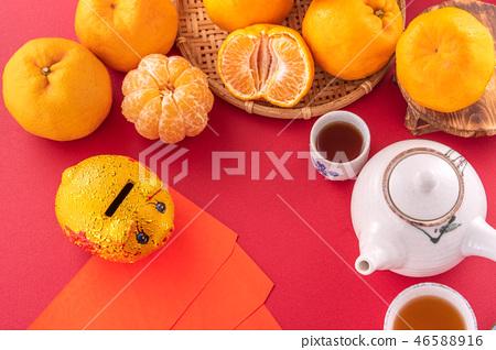 橘子 水果 紅色 背景 農曆新年 過年 紅包 新年 new year concept 46588916