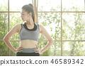 女式运动服 46589342