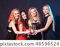 women, toast, wine 46596524