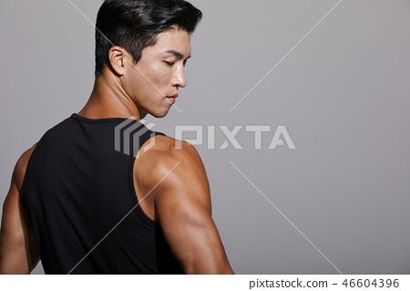 男士運動裝顏色回來 46604396