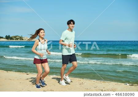 여름, 바다, 커플, 연인, 여자, 남자, 해변, 운동 46638090
