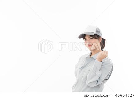年輕女子工作服 46664927