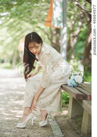 신부, 여성, 결혼식, 신발, 신부, 웨딩드레스, 젊은여자 46664977