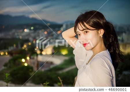 여성, 여자, 여대생, 노을, 석양 , 햇살, 해질녘, 나들이,  46690001