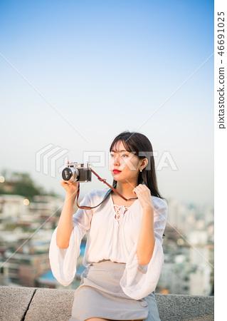 여성, 여자, 여대생, 노을, 석양 , 햇살, 해질녘, 나들이,  46691025