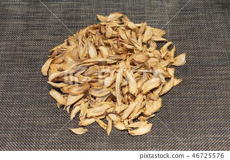 牛蒡,牛蒡茶,牛蒡幹,幹根食品,幹蔬菜,乾草藥,乾茶,根茶,乾草藥,牛蒡幹,幹 46725576