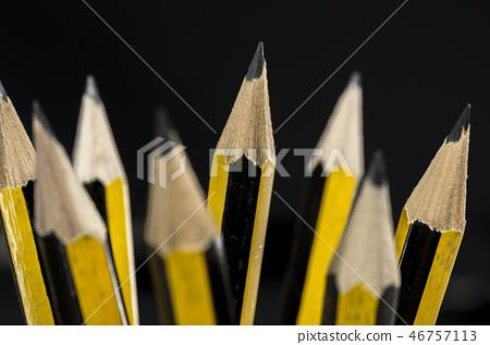 Writing pencils 46757113