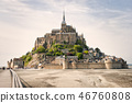 Panoramic view of famous Le Mont Saint Michele 46760808