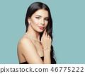 woman jewellery face 46775222