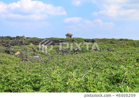 일본 오키나와 잔파곶 잔파공원 풍경과 작은 사당 46808209