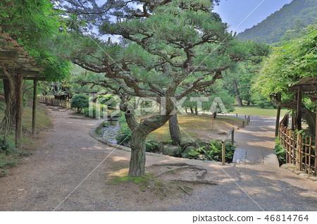 an Zen garden, Ritsurin Park, Takamatsu, Shikoku 46814764