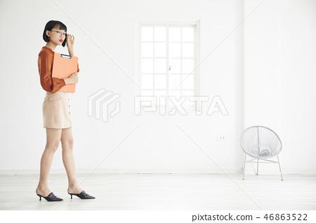 年輕女子 年輕女性 少女 46863522