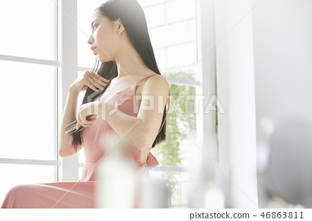 女性美的形象 46863811